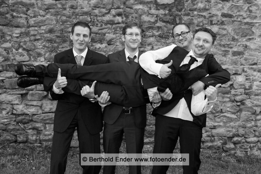 lustige Hochzeitsbilder: Fotostudio Ender