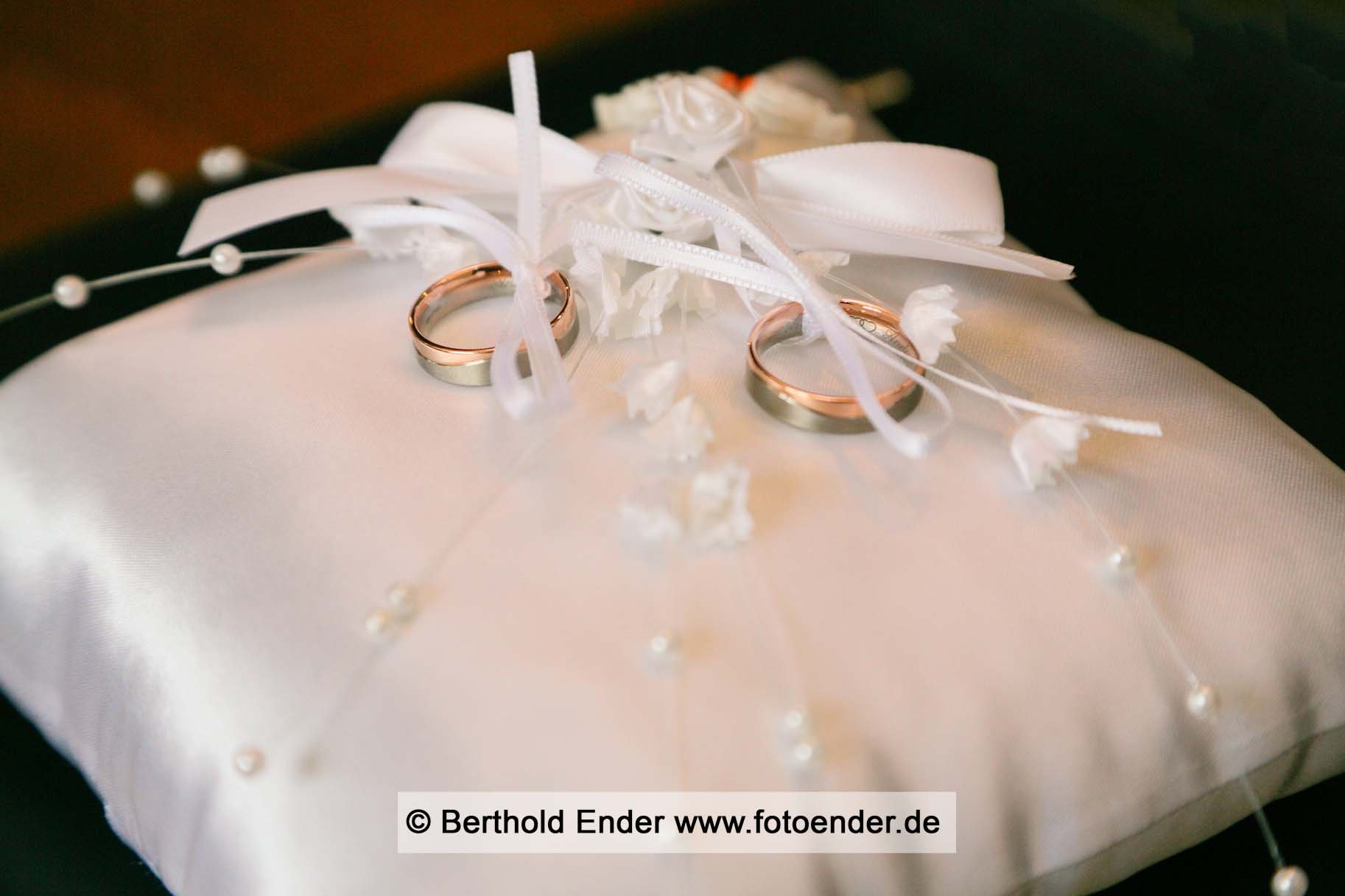 Heiraten im Standesamt Lutherstadt Wittenberg: Fotostudio Ender