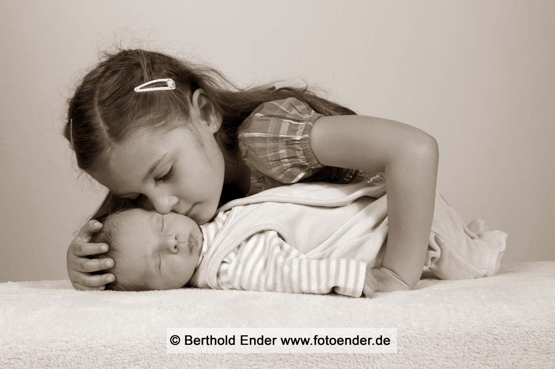 Geschwisterbilder im Studio: Fotostudio Ender, Oranienbaum-Wörlitz