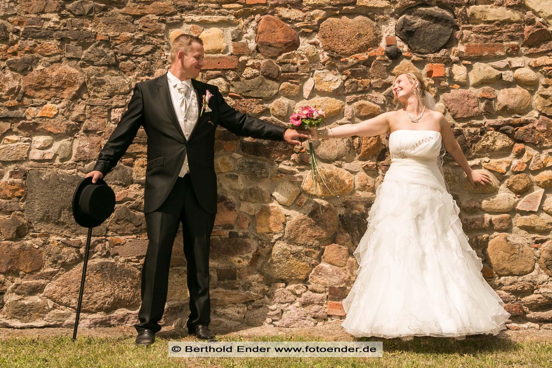 Hochzeitsfotos im Herrenhaus in Muldenstein - Fotostudio Ender Oranienbaum-Wörlitz
