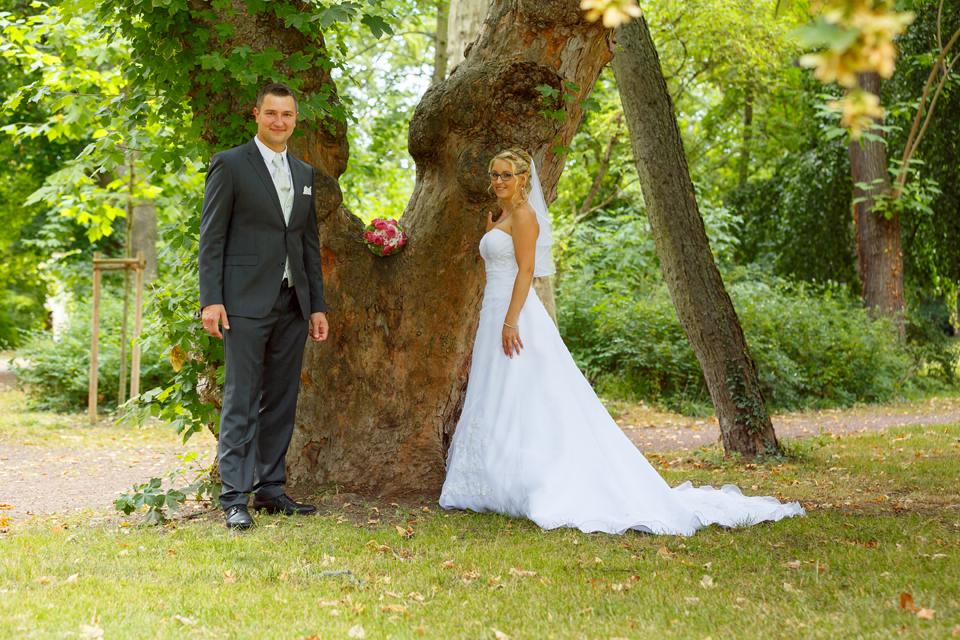 Hochzeitsfotos im Schlosspark Köthen - Fotostudio-Ender